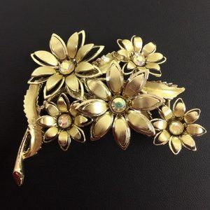 Coro Flower Bouquet Rhinestone Brooch Vintage Pin